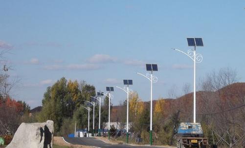 12v和3.2v太阳能路灯系统优势劣势分析