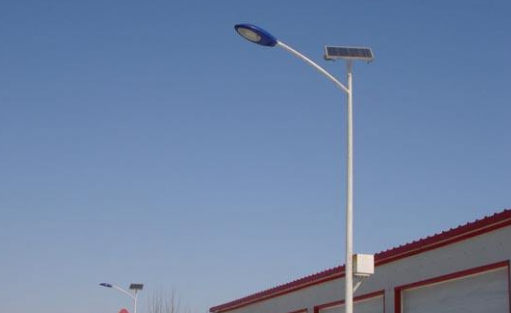 太阳能路灯亮灯时间可以调吗?怎么延长